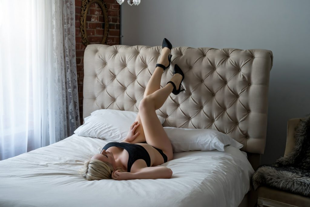 Boudoir Session Contest Winner